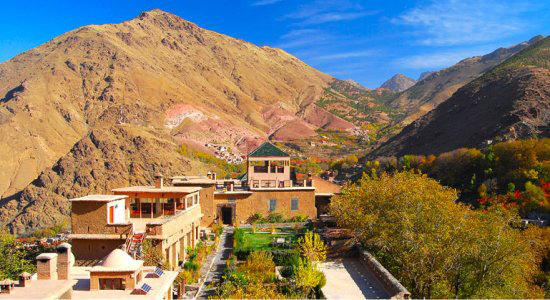 Kasbah grounds & mountains