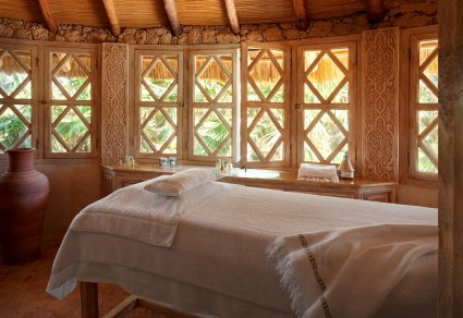 Outdoor Massage Cabin