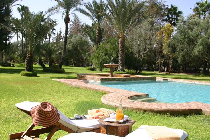 Gardens & pool at Dar Ayniwen